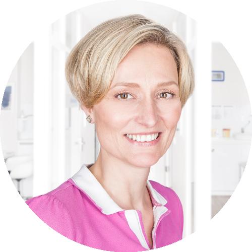 Dr. med. Angela Schommer